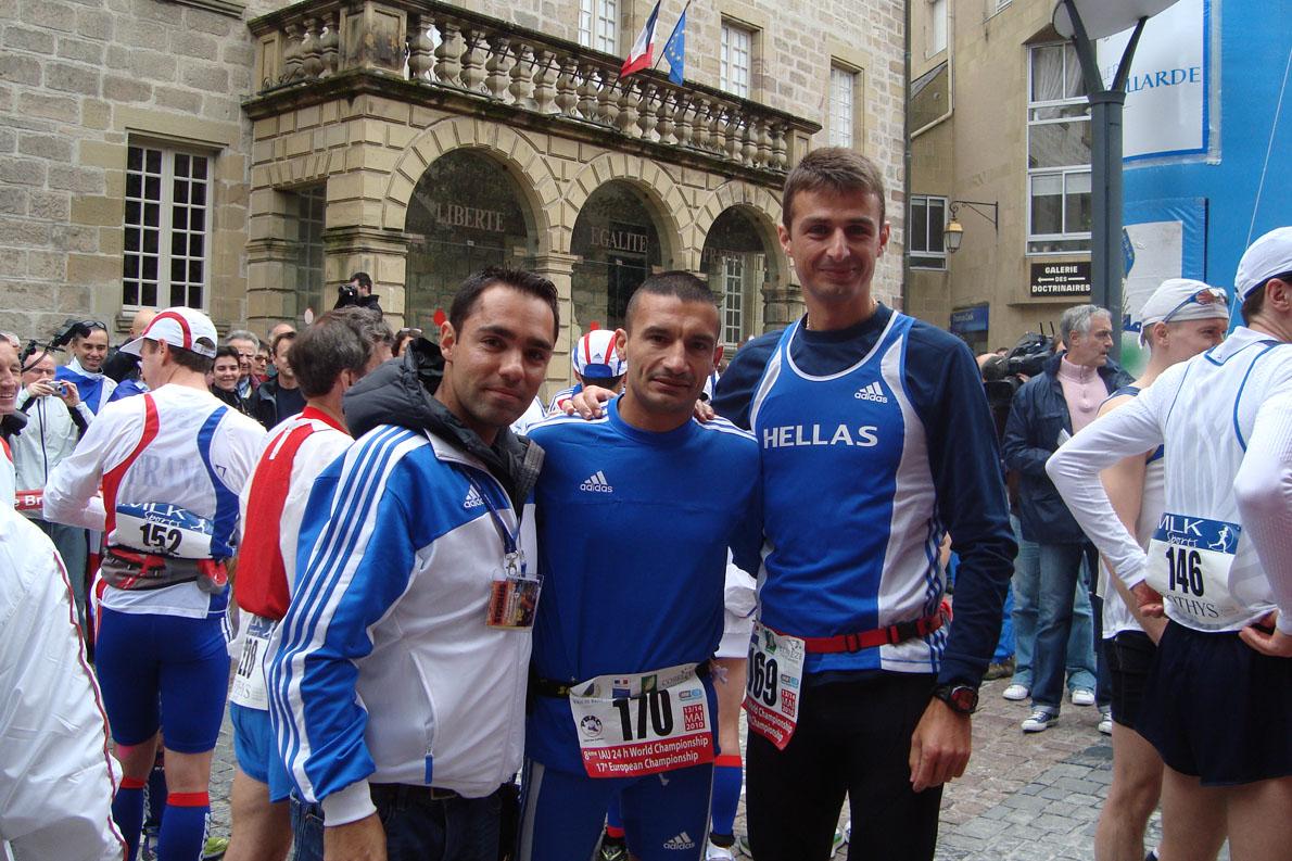 Παγκόσμιο πρωτάθλημα 24 ωρών Γαλλία 2010. Με Στέργιο Αναστασιάδη και Αλέξανδρο Σωτηρίου.